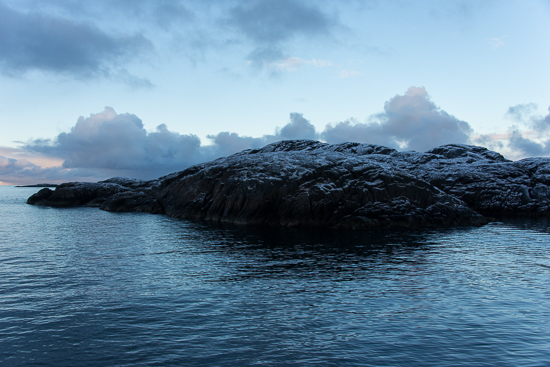 aamora_PeterVoigt-By_Boat_to_Ilulissat__Greenland-4_-_hamburgersund_landscape_3_by_peter_voigt