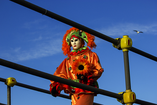 ChristopherWhitney-Venice_Carnival-orange_performer