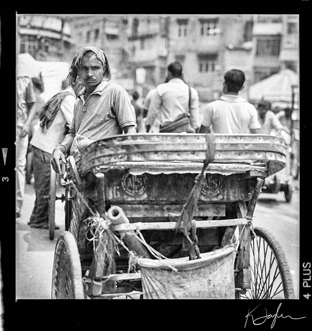 rickshaw-waiting650